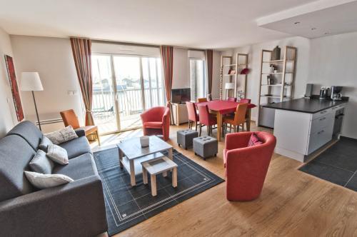 a saint malo proche palage location de 90 m pour 7 personnes. Black Bedroom Furniture Sets. Home Design Ideas